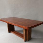 1430-4-Table salle a manger geometrique