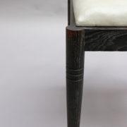 1660-8chaises noires barrettes ceruse 13