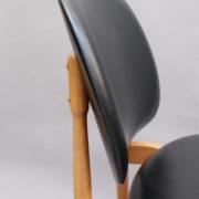 1611-6Chaises Guariche skai noir 17