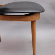 1611-6Chaises Guariche skai noir 18