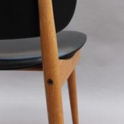 1611-6Chaises Guariche skai noir 23