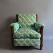 1094-Paire fauteuils clubs a carreaux verts (1)
