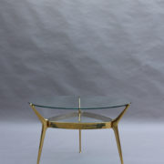 1307-Gueridon metal dore deux plateaux1
