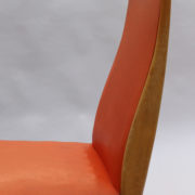 1673-6 chaises orange compas12