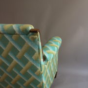 1094-Paire fauteuils clubs a carreaux verts (11)
