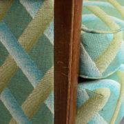 1094-Paire fauteuils clubs a carreaux verts (13)