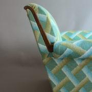1094-Paire fauteuils clubs a carreaux verts (15)