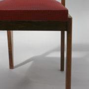 1761-4 chaises 50s skai rouge petits carres (11)