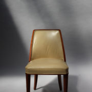 1784-10 chaises Dominique un peu gondole00001