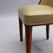 1784-10 chaises Dominique un peu gondole00014