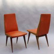 1673-6 chaises orange compas4