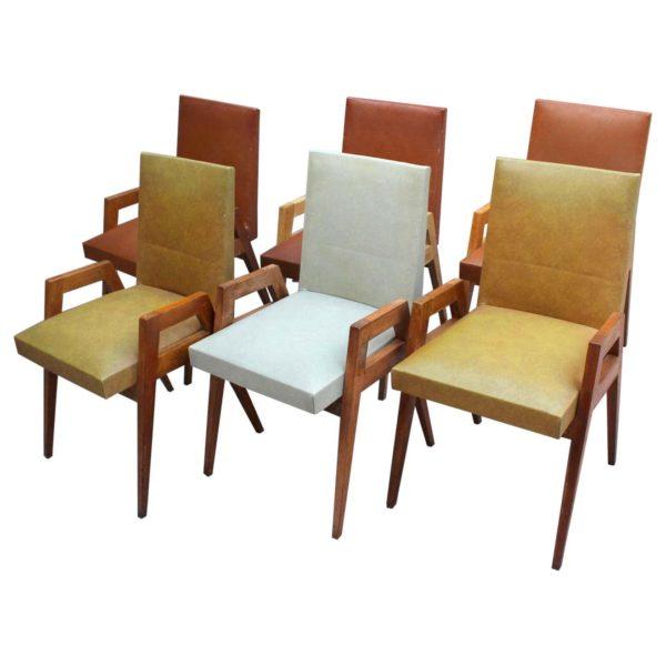 Set of Six Fine 1950s Oak Dining Chairs by Atelier Saint-Sabin